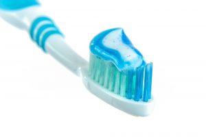 Sivilce neden çıkar diş macunu